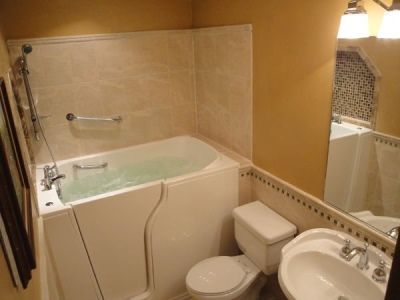 Independent Home Products, LLC installs hydrotherapy walk in tubs in River Forest